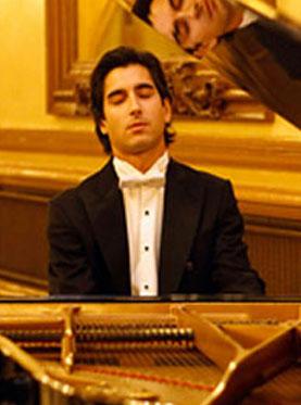 伊比利亚风情–西班牙钢琴家帕布洛·阿莫罗斯独奏音乐会