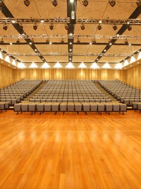 小剧场优秀戏曲节目邀请展:北方昆曲剧院昆曲《游园·惊梦》《千里送京娘》
