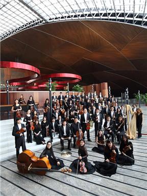 """国家大剧院管弦乐团音乐会:""""幻想与思辩""""张弦与吕思清演绎肖斯塔科维奇与柏辽兹"""